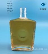 700ml正方形洋酒玻璃瓶
